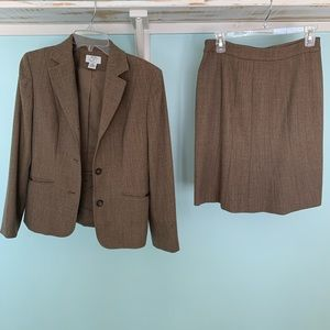 Ann Taylor suit set